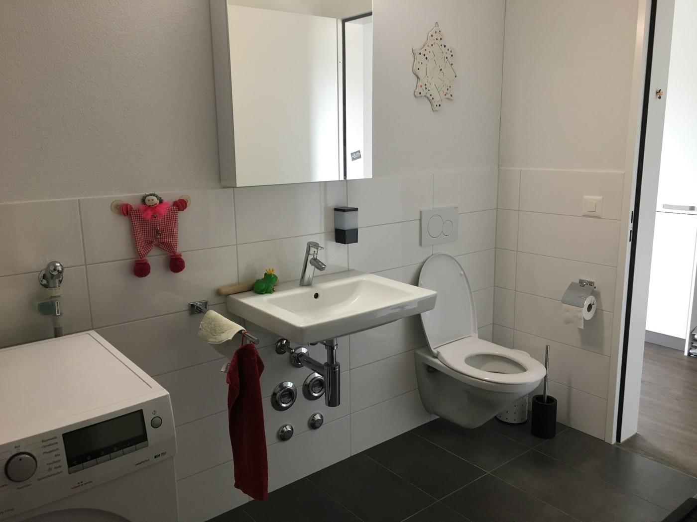 2 zimmer wohnung in effretikon mieten flatfox for Badezimmer 9m2