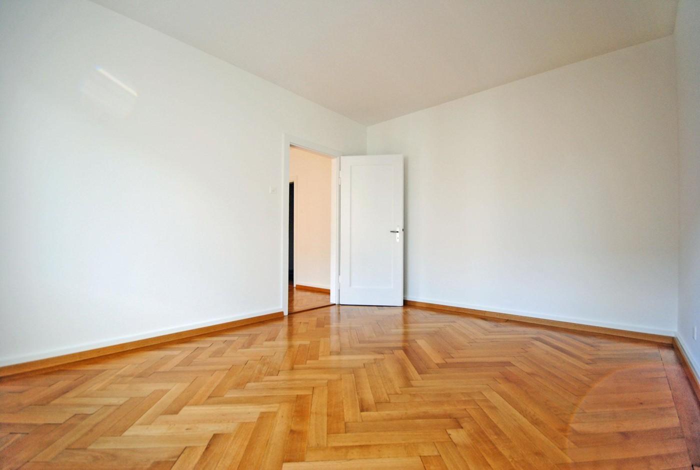 Moderne Wohnung mit Blick auf den Zürichsee