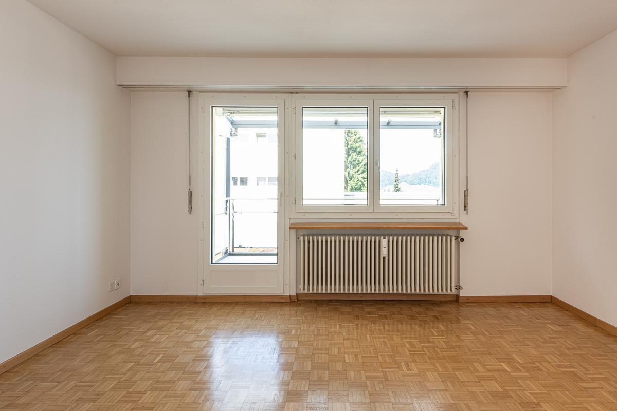 Grosszügige Wohnung an ruhiger Lage